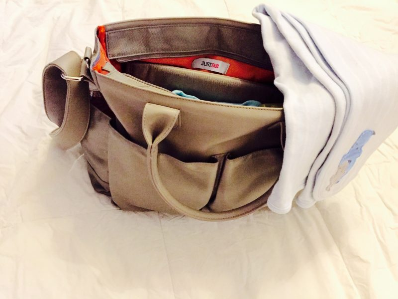 8 Diaper Bag Essentials